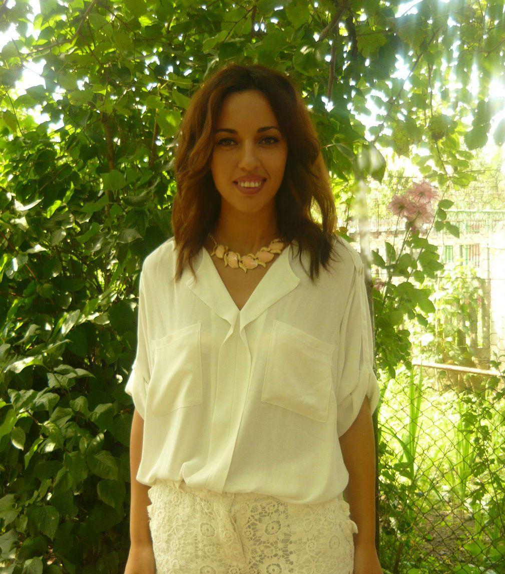 Interviu cu Aurora Toma, blogger partener în SuperBlog 2014