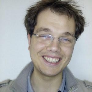 Interviu cu Manuel Cheța, câştigătorul SuperBlog 2010