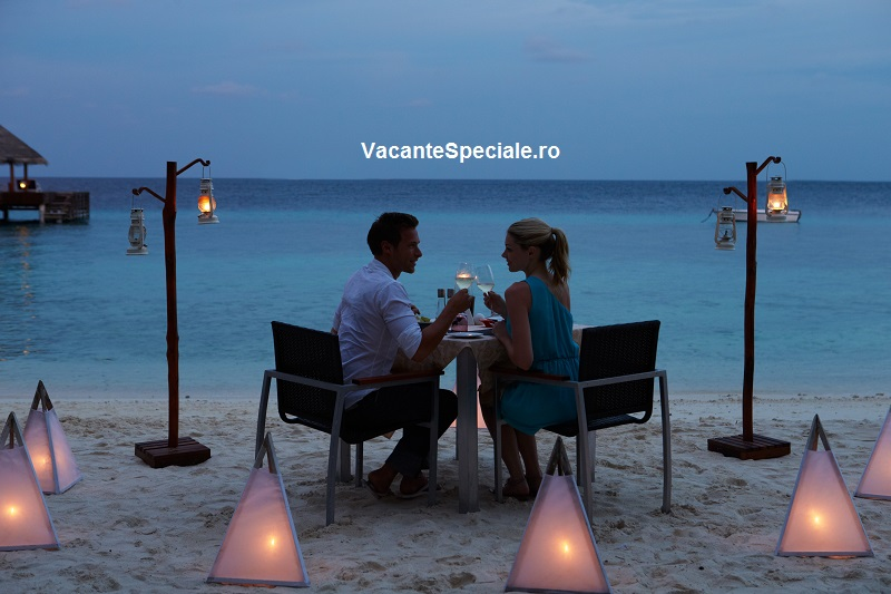 http://super-blog.eu/wp-content/uploads/VacanteSpeciale-seara-romantica.jpg